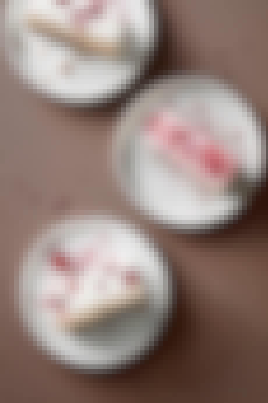 Hindbærcheesecake-isbar