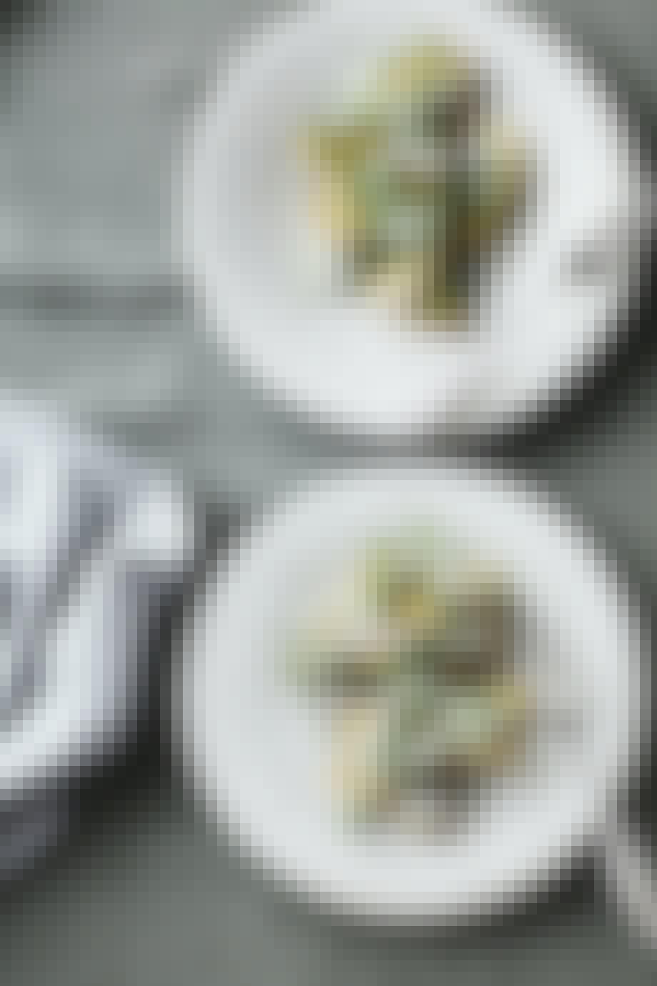 Grillet kartoffelsalat med sauce tartare & krydderurter