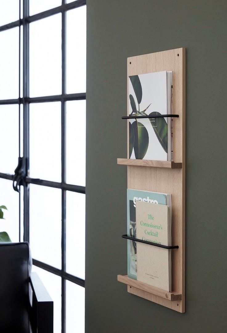 elegant magasinholder i træ Andersen Furniture