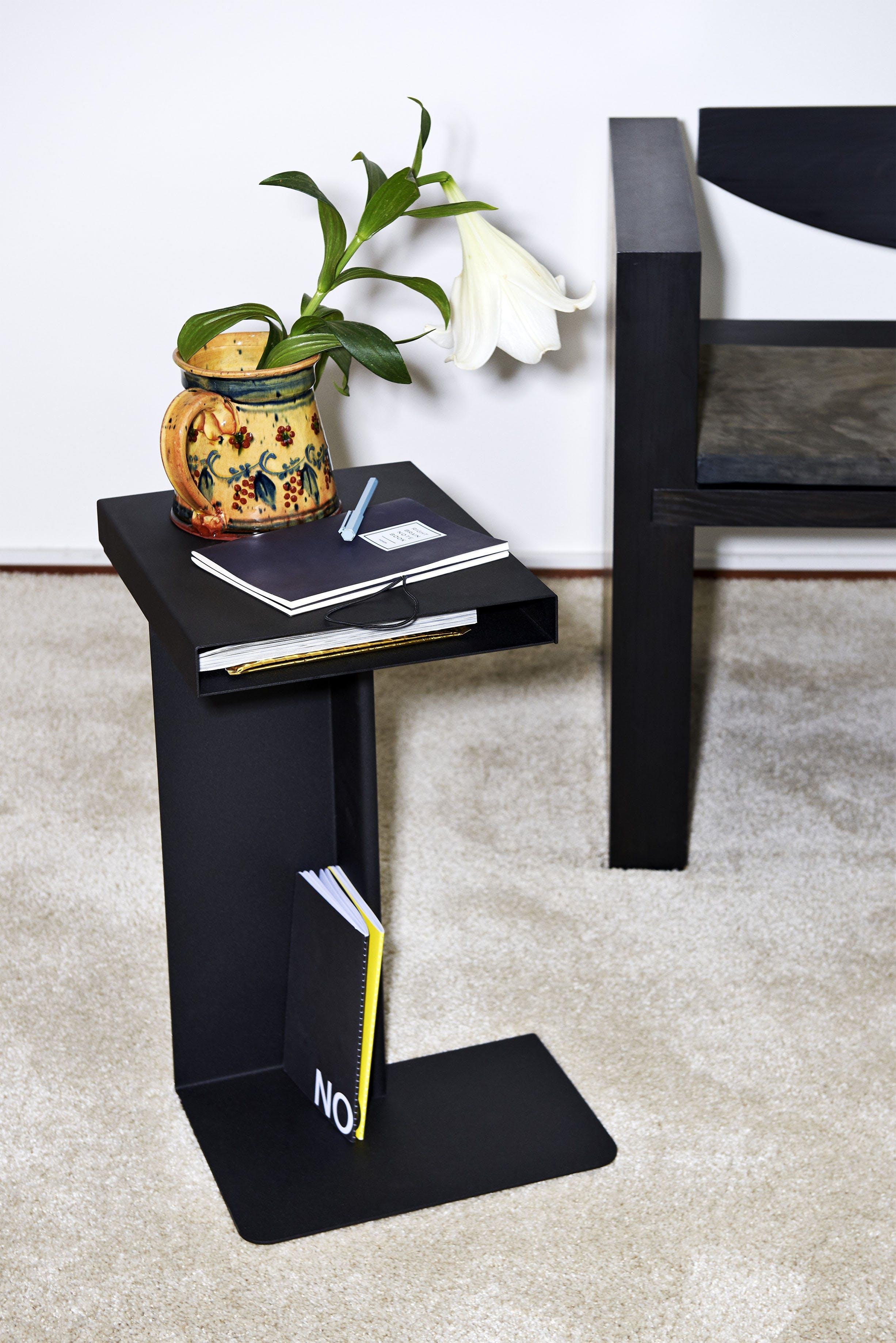 Rader Side Table Nomess