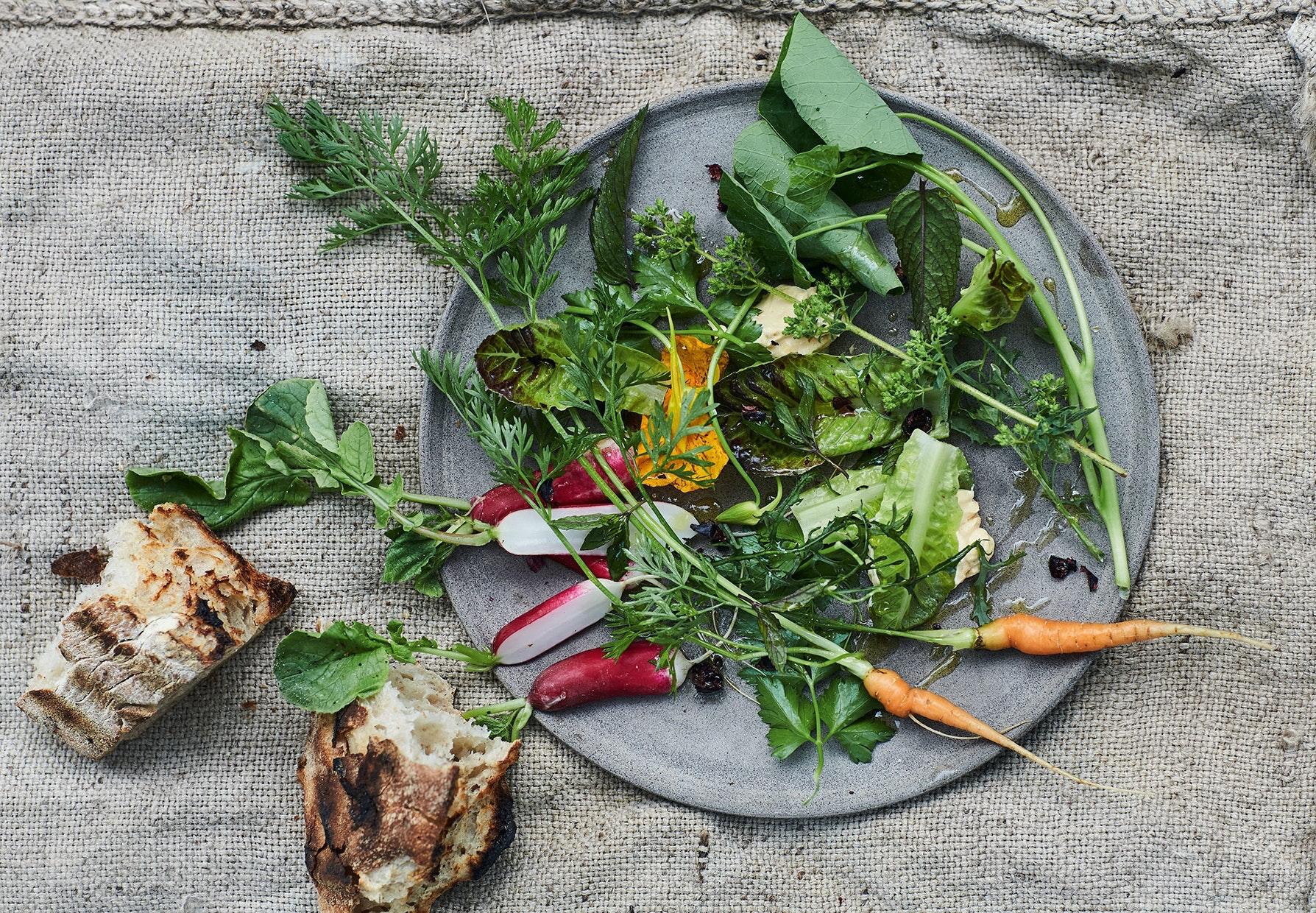 Nye grøntsager mayo piment d'espelette tørrede solbær opskrift
