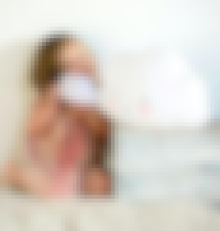 Skylampe med ansigt set til 749,95 kr.