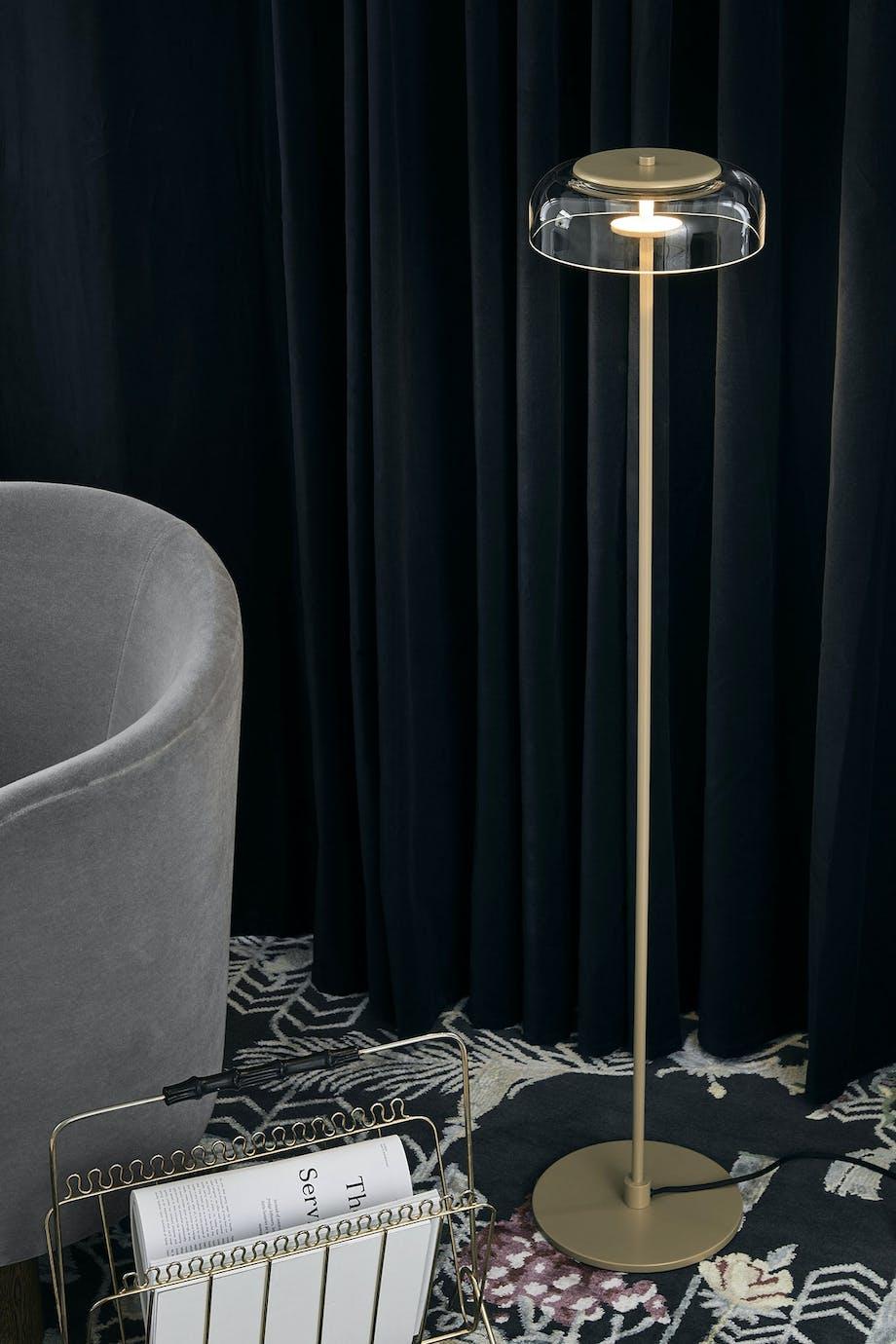 """Lampe fra Nuuras """"Blossi""""-kollektion. Priser fra 3.499 kr."""