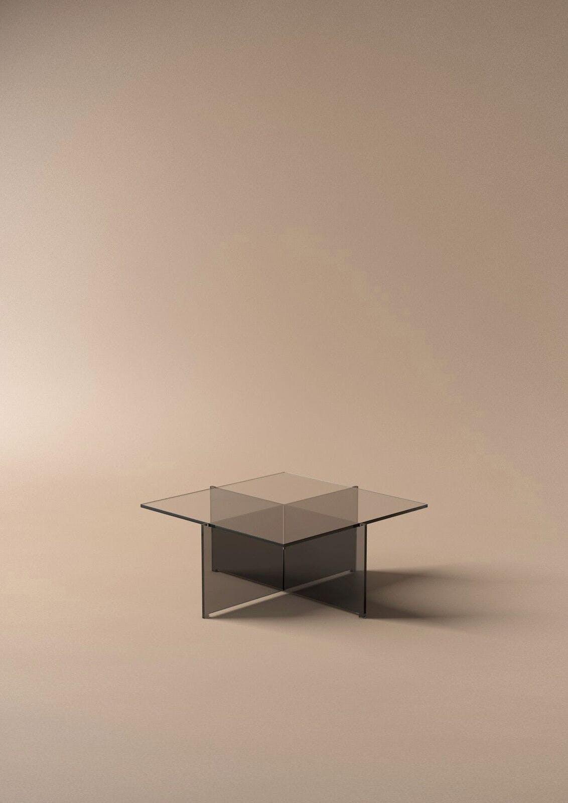 Bodil Kjærs Cross Plex-bord fra Karakter Copenhagen