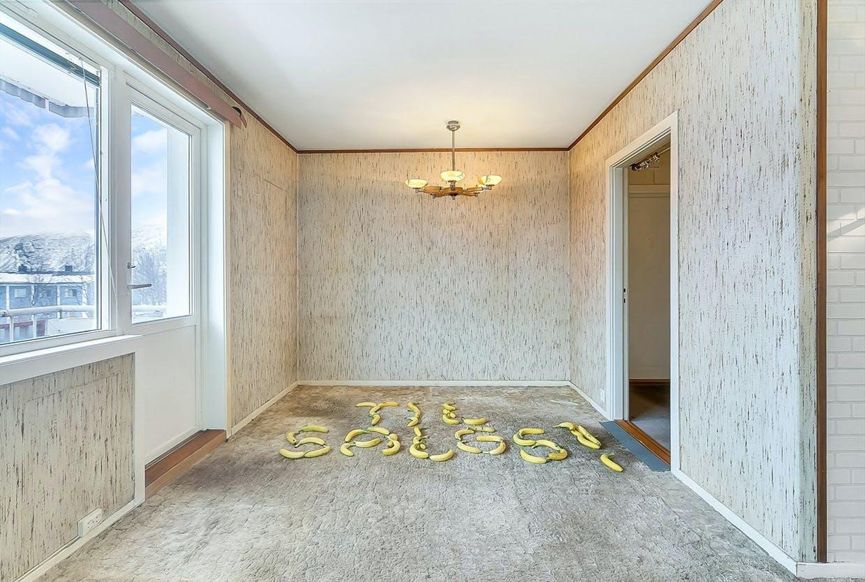 ejendomsmægler har valgt bananer til boligannonce