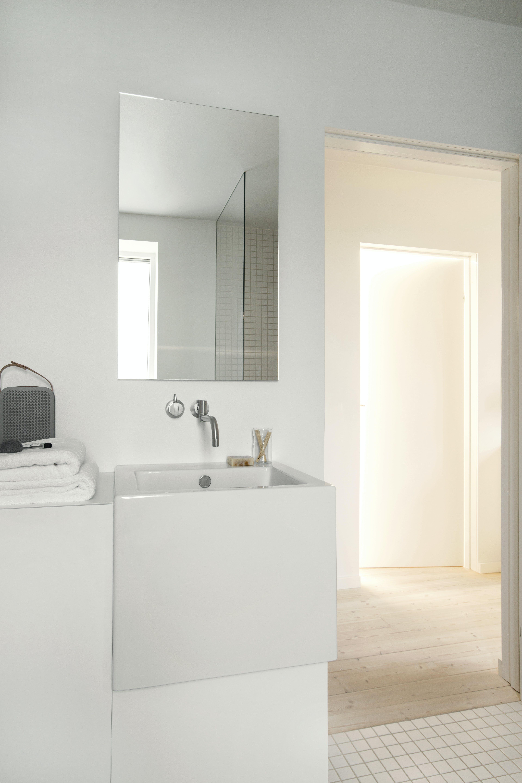 håndvask badeværelse spejl badeværelsesmøbel badeværelsesspejl