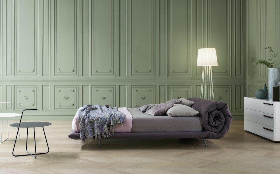 Bonaldo blanket seng designet af Alessandro Busana
