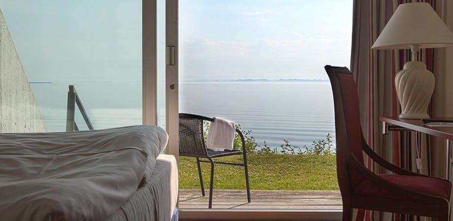 Badehotel hotel hoteller weekendophold vinterbadning vinterbader Helnan Marselis Hotel Danmark danske vand hav kyster