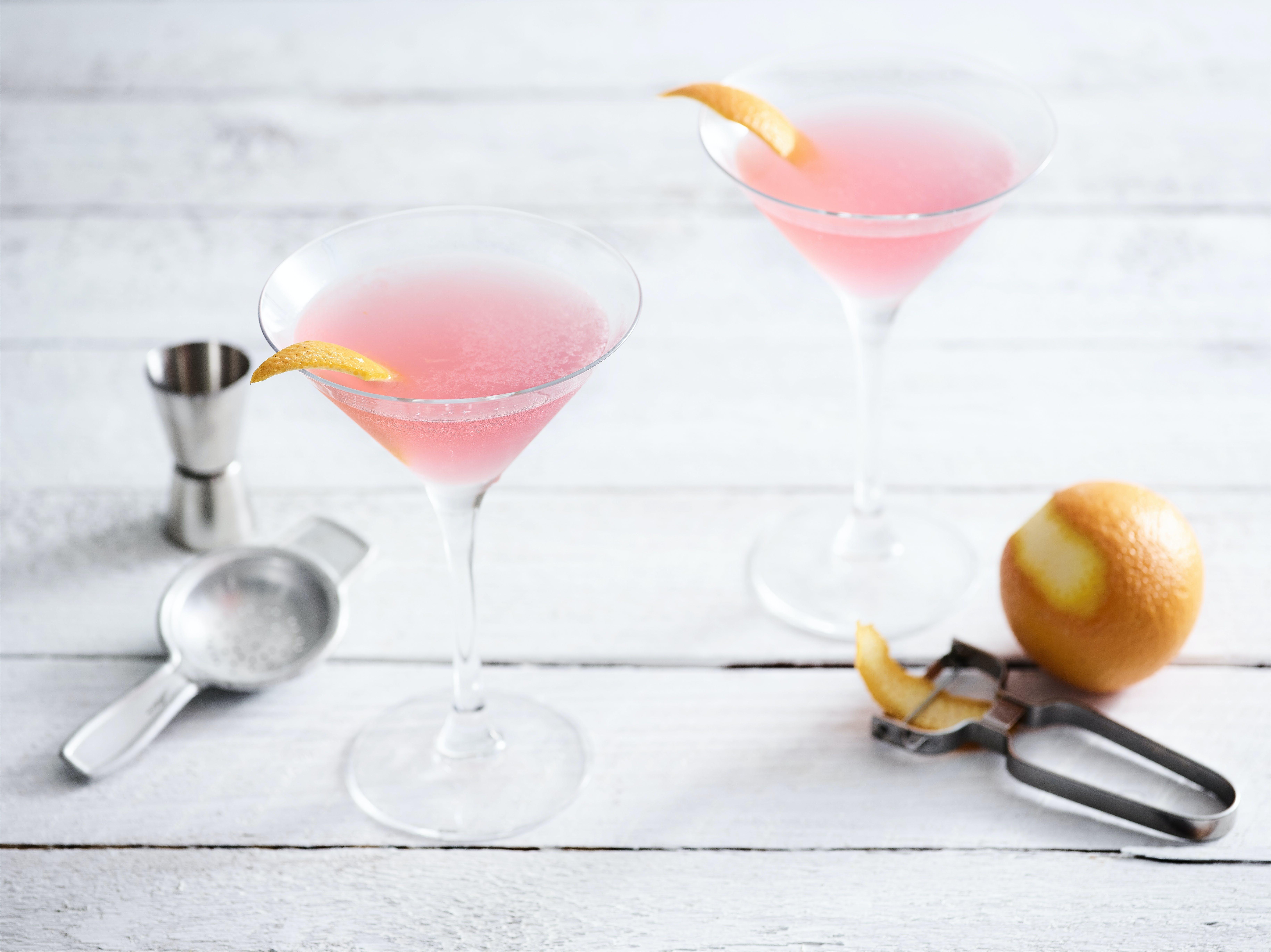 Cointreau drink cocktail
