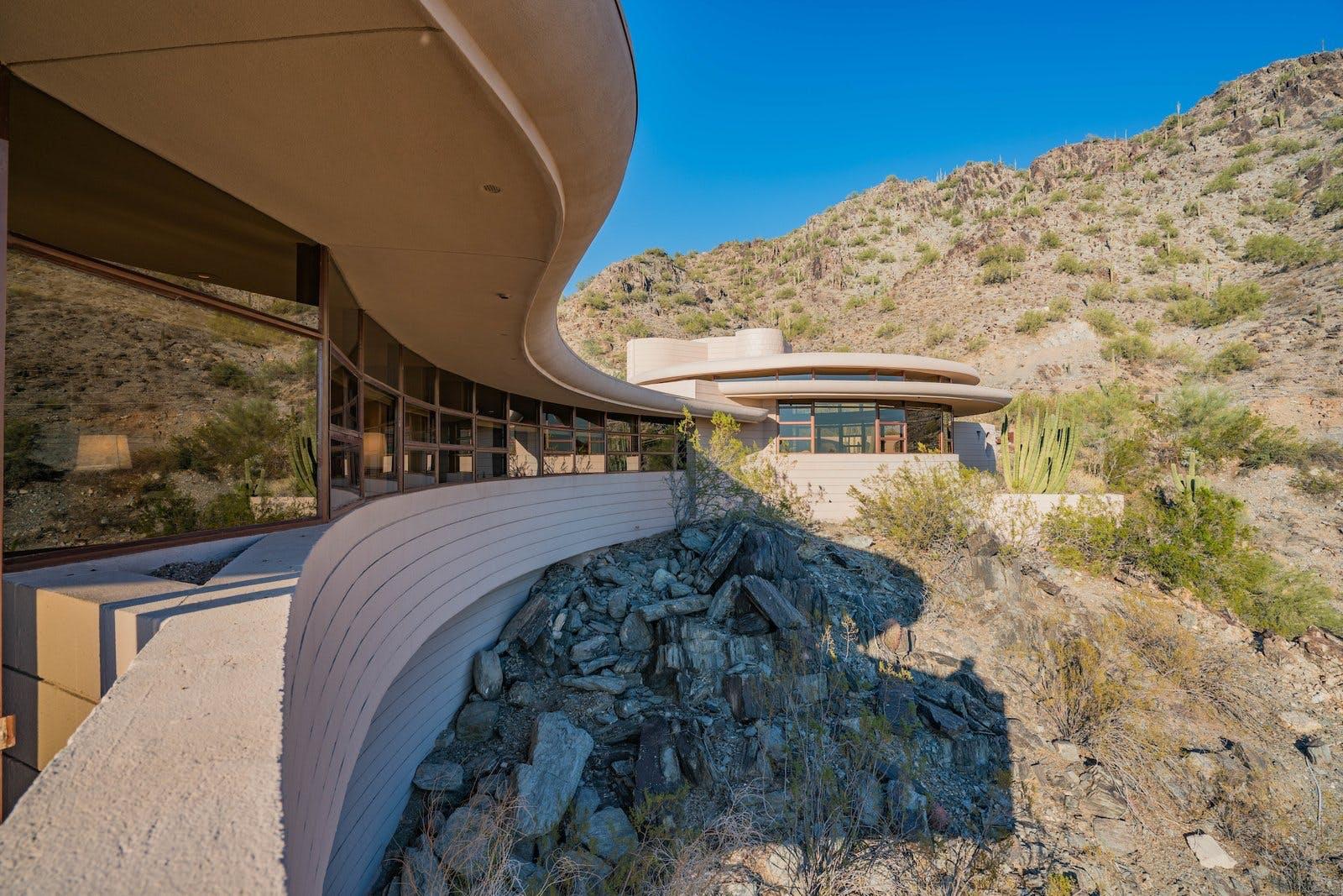 frank Lloyd Wright facade arizona