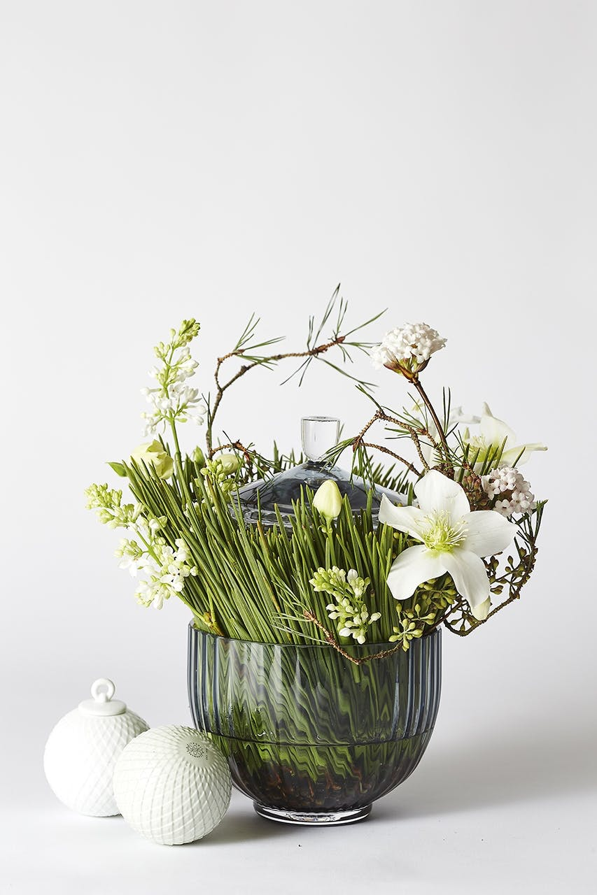 dekoration blomster bonbonniere von einem julekugler