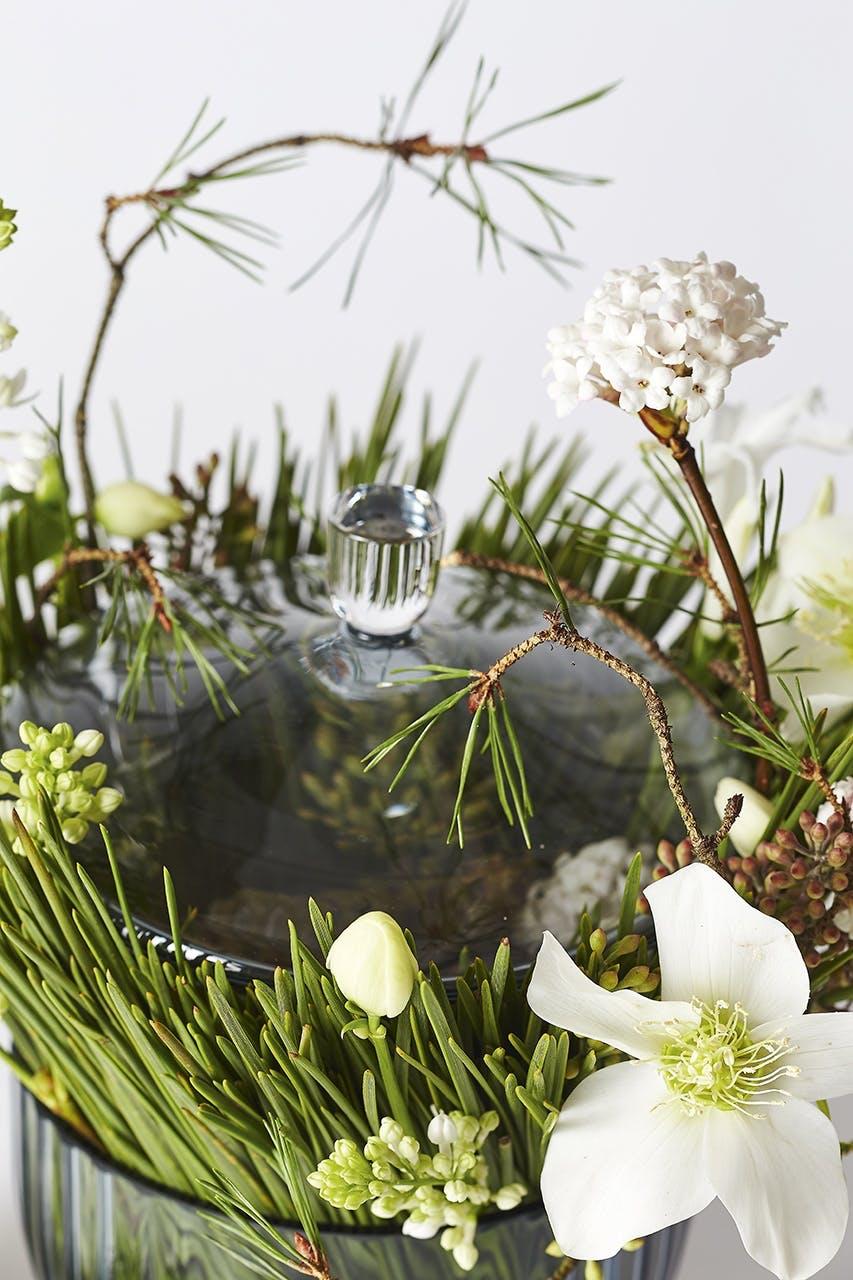dekoration blomster bonbonniere von einem julerose