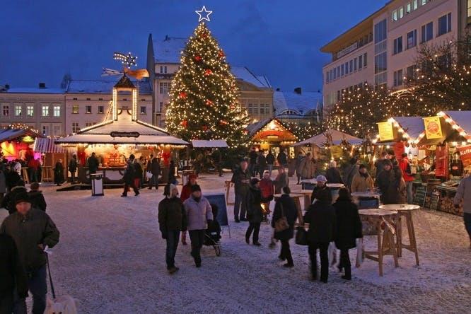 berlin juletur jul juleferie tyskland julemarked spandau traditionel
