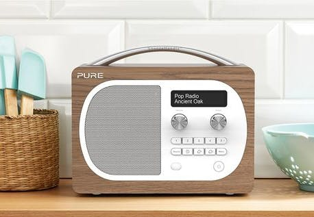 dab radio evoke h4på køkkenbord
