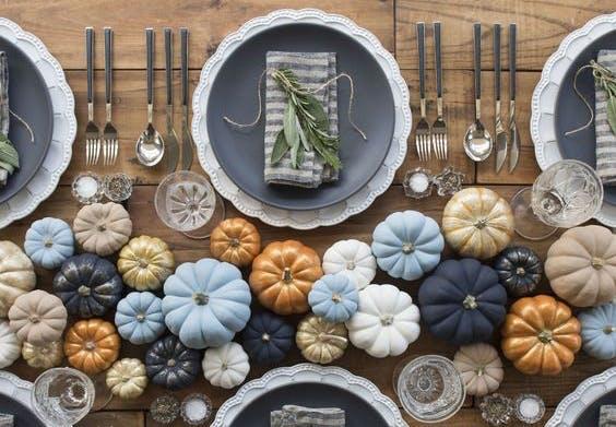 halloween pynt borddækning med græskar