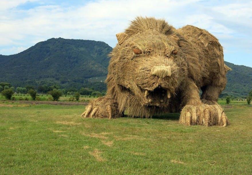 kunst skulptur dyr hø
