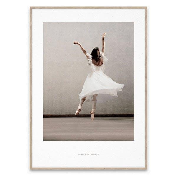 Paper Collective plakat af ballerina i lyserøde nuancer