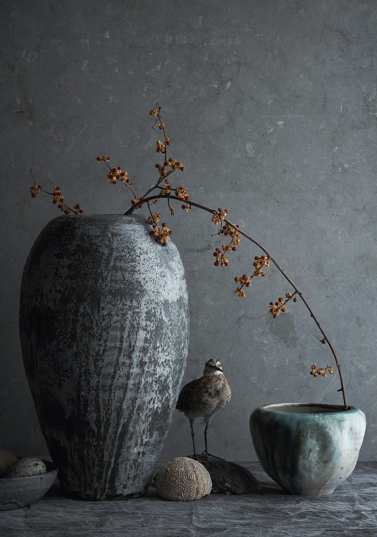 stentøj fugl dekoration stilleben