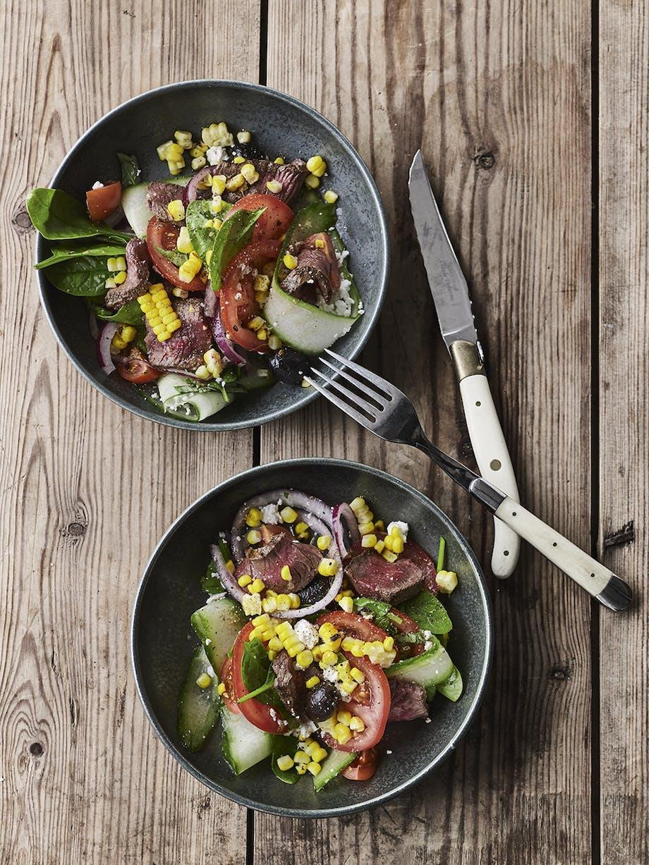Græsk steak-salat med majs