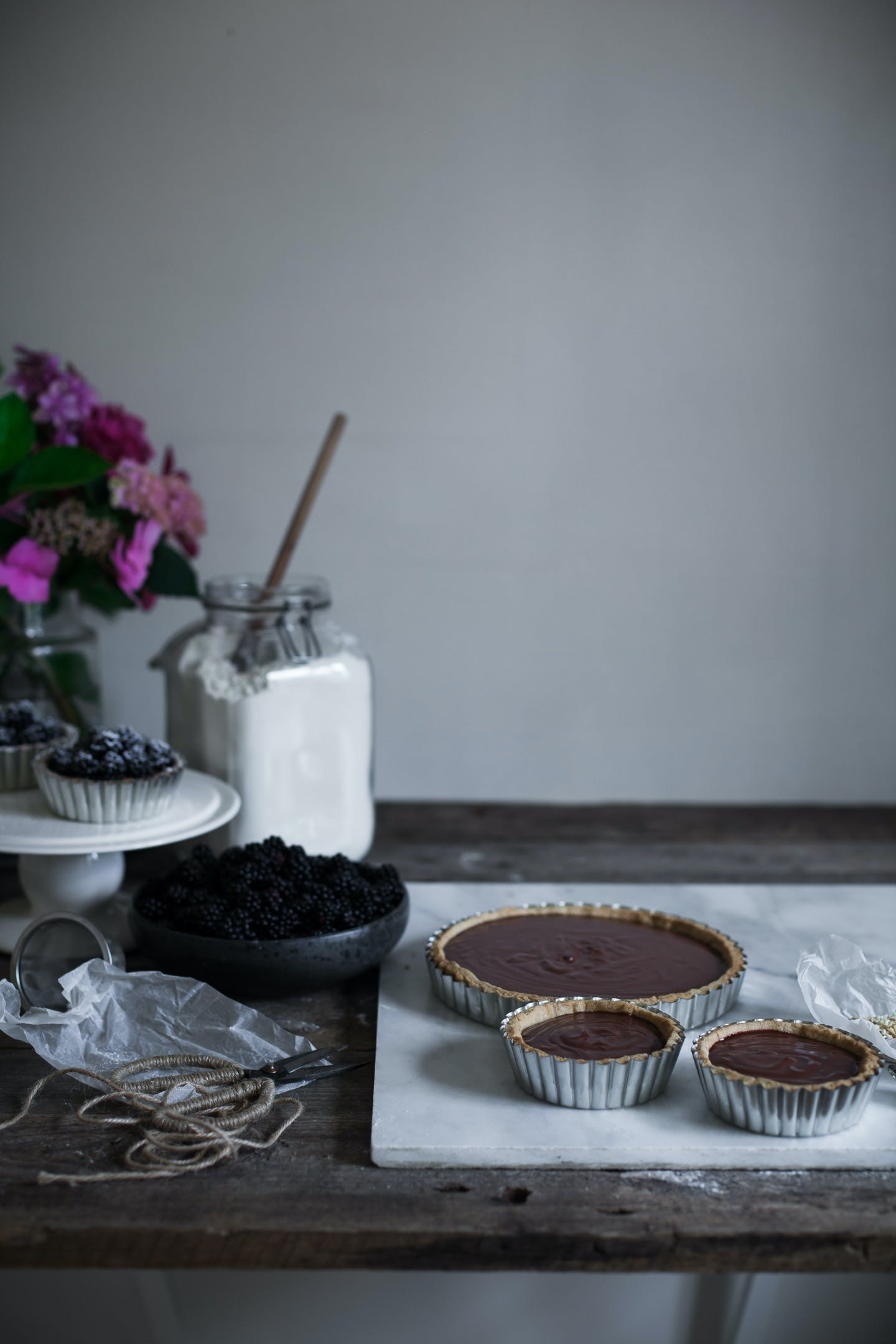 Blueberry Tales brombærtærte chokolade