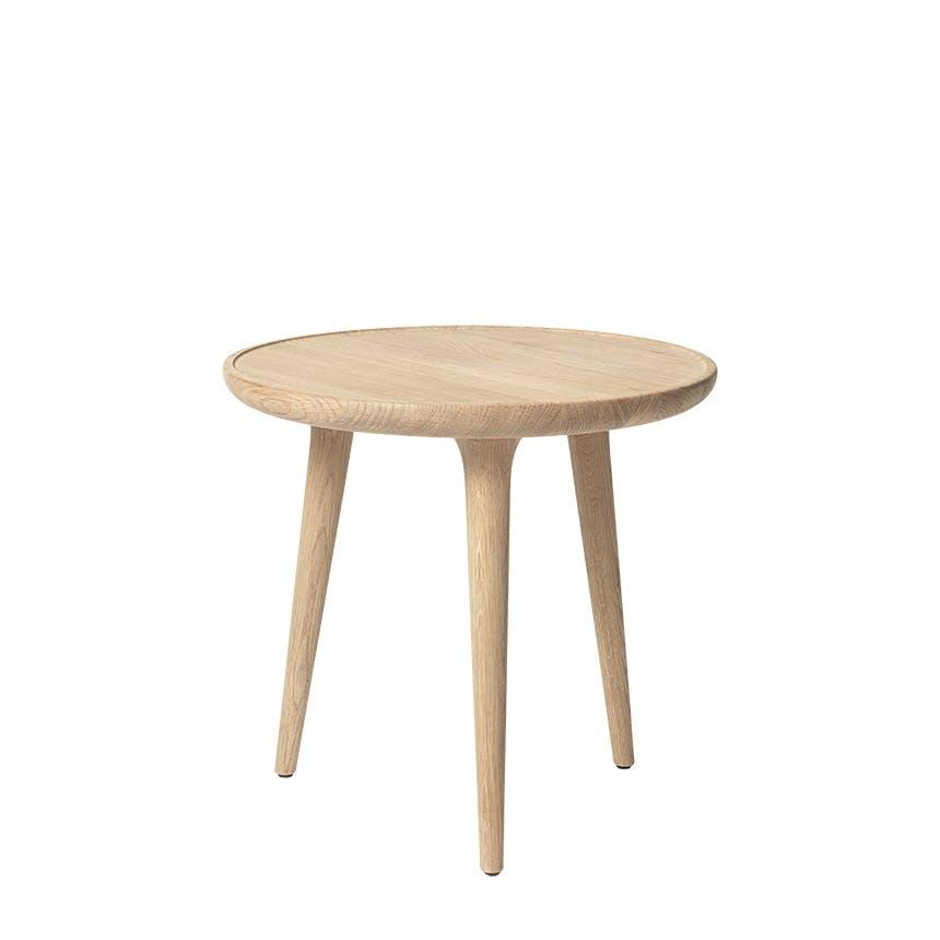 Mater bord i lys eg