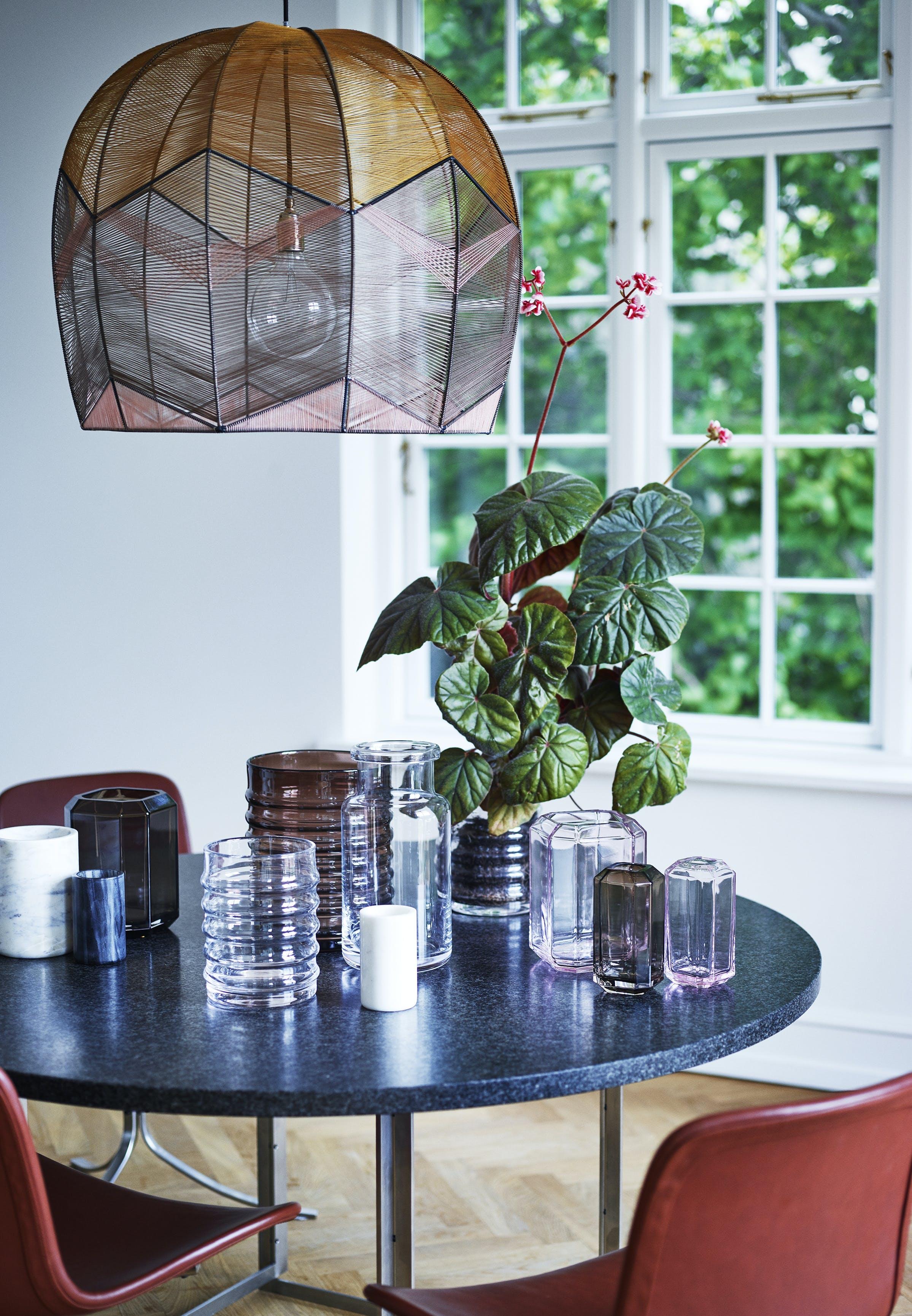 Et miks af produkter fra Louise Roe Copenhagen