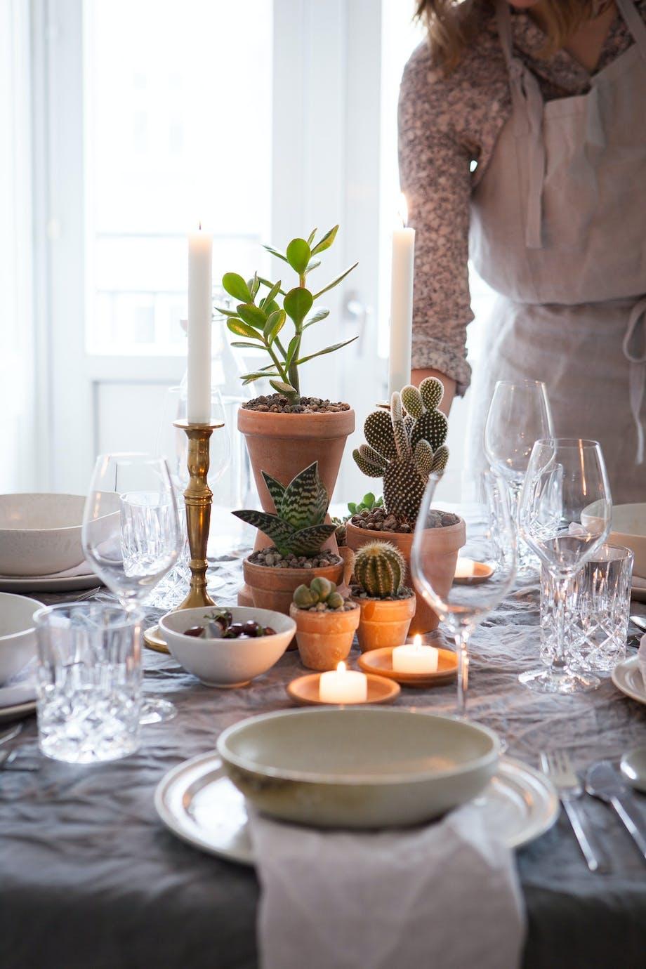 Lys på middagsbordet