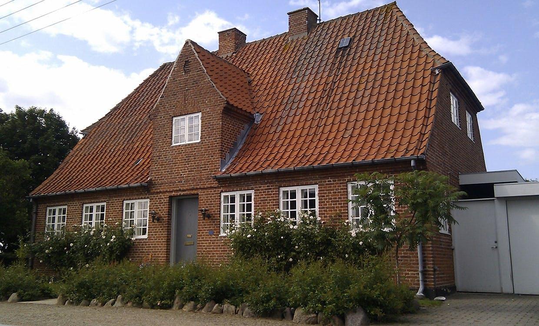 Murermestervilla fra Bakkekammen i Holbæk bygget efter tegninger fra Bedre Byggeskik.