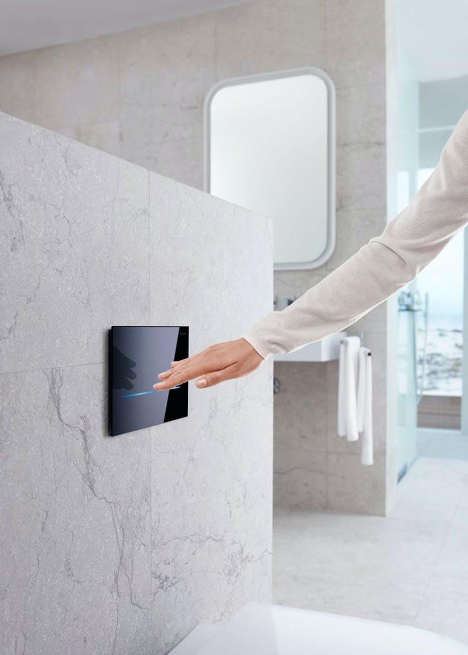 Berøringsfrit toiletskyl i moderne design fra Geberit