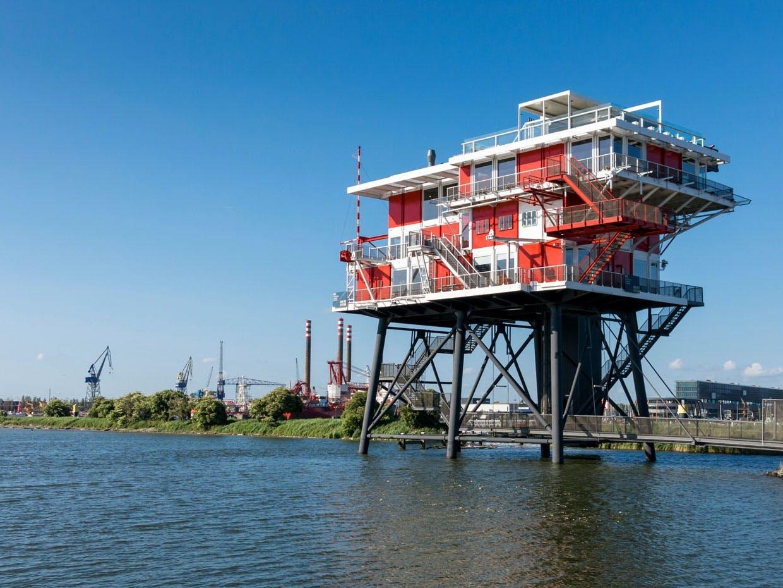 REM Eiland i Amsterdams set fra vandet