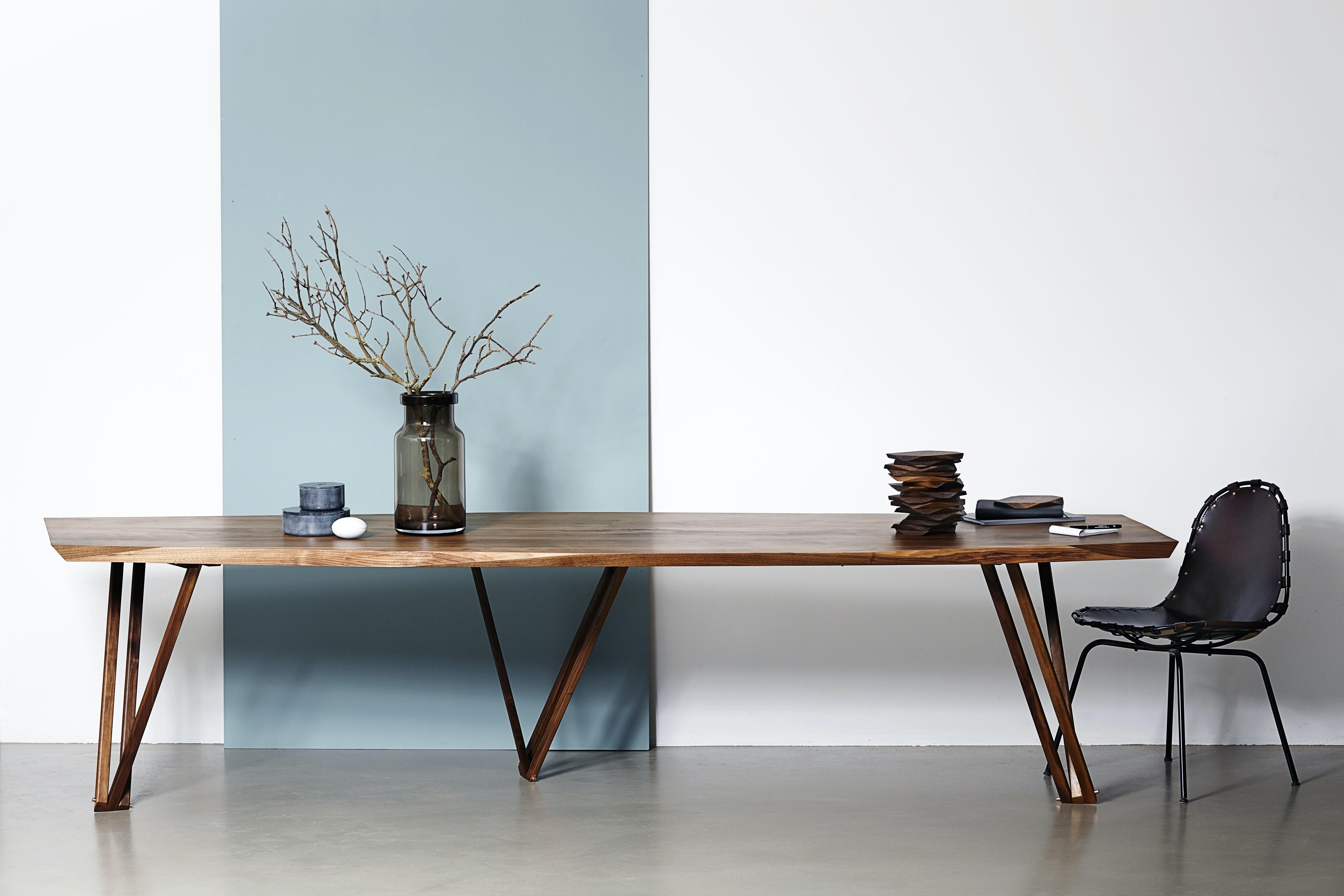 Et 3 meter langt konferencebord fra Noyer