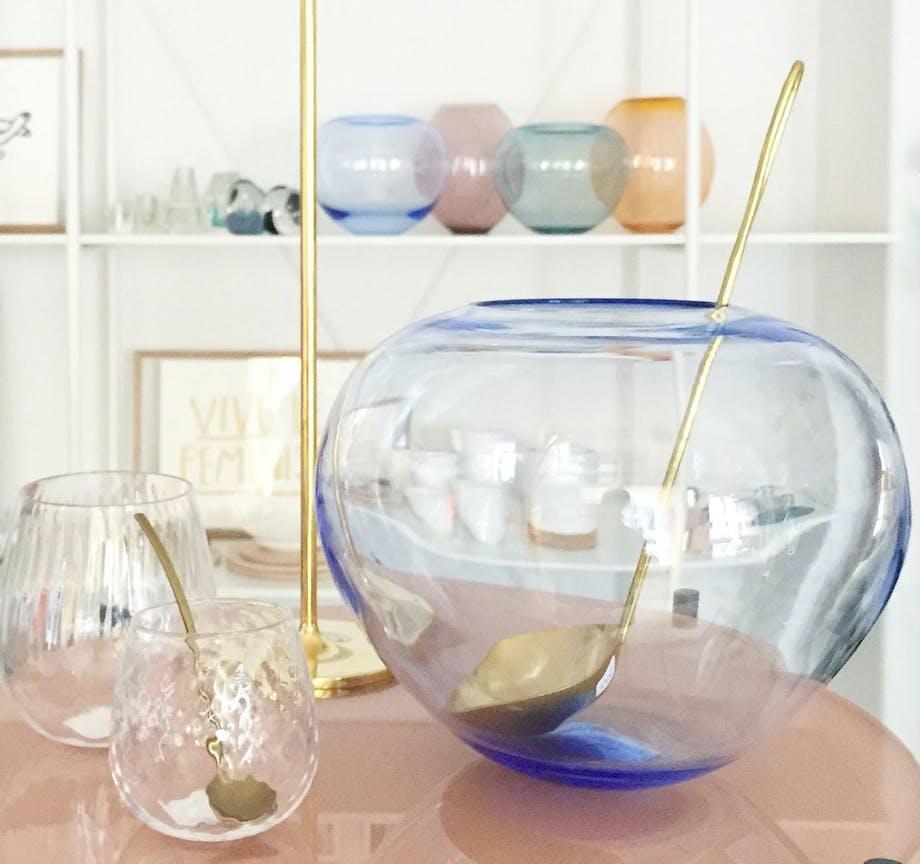 Glasbowler fra Glassmedjen, som kan købes på stilleben.dk