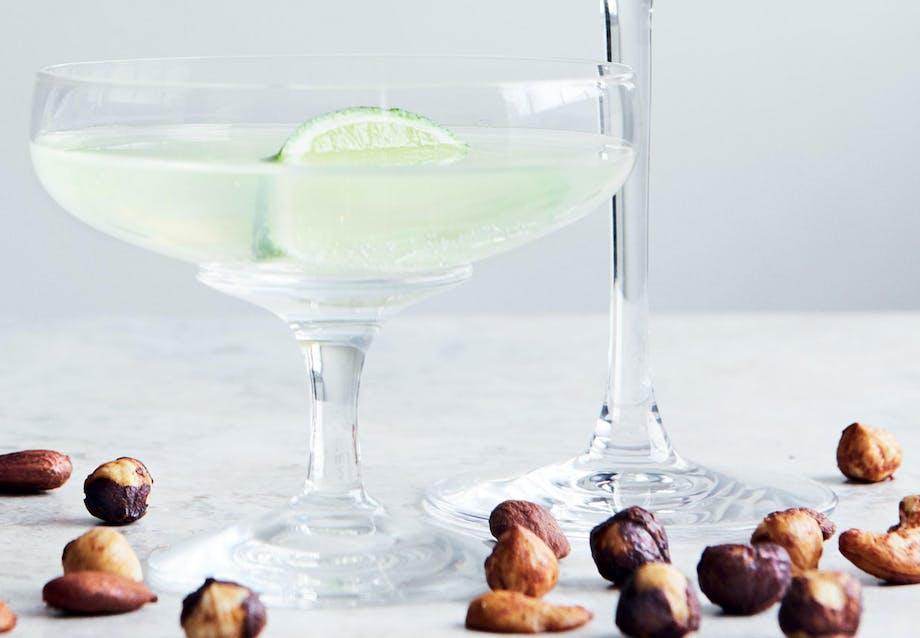 Drink: Opskrift på limoncellovodka med brus