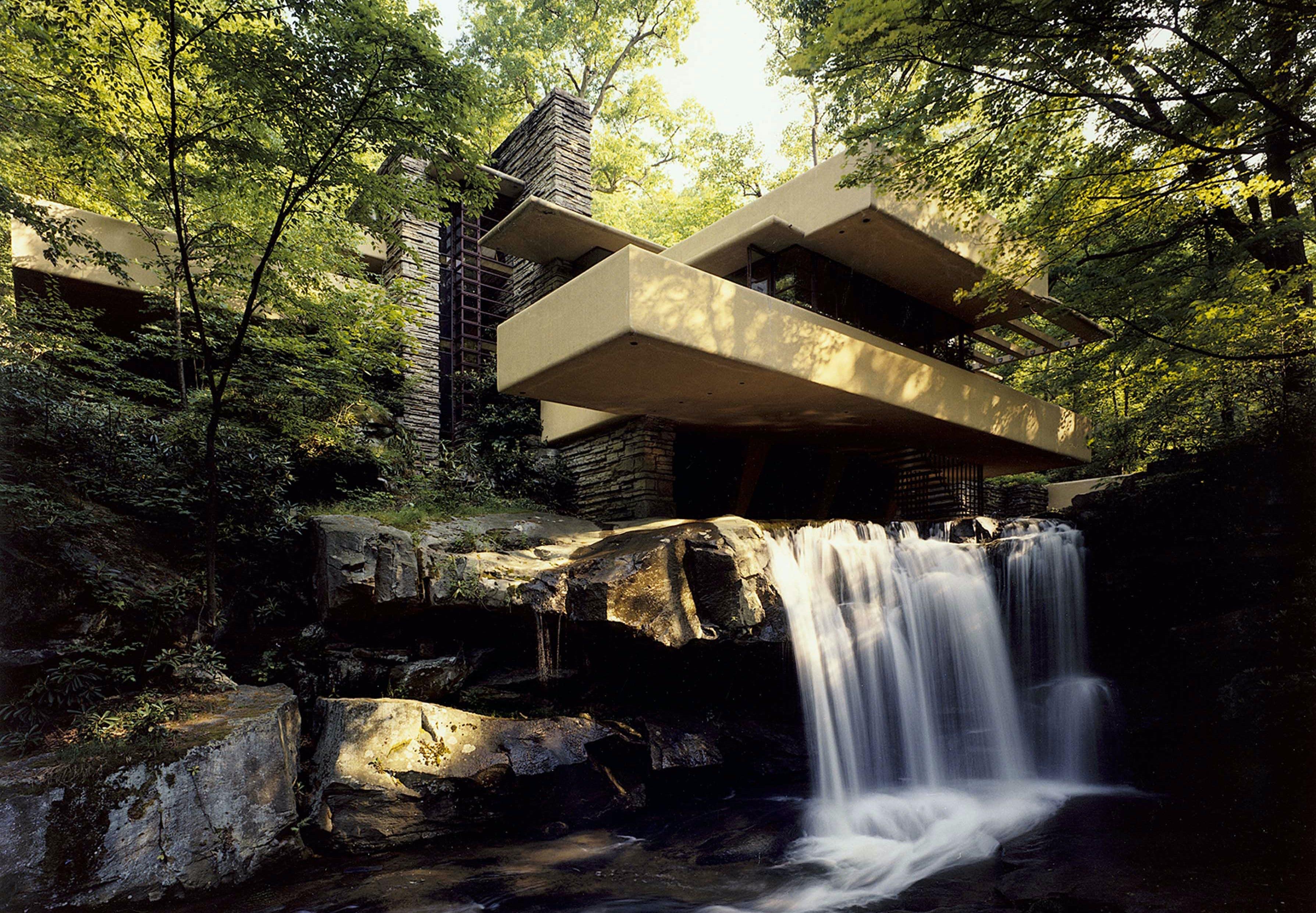 Falling Water af Frank Lloyd Wright