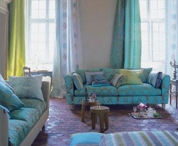 200508_tricia_armar_sofa.jpg