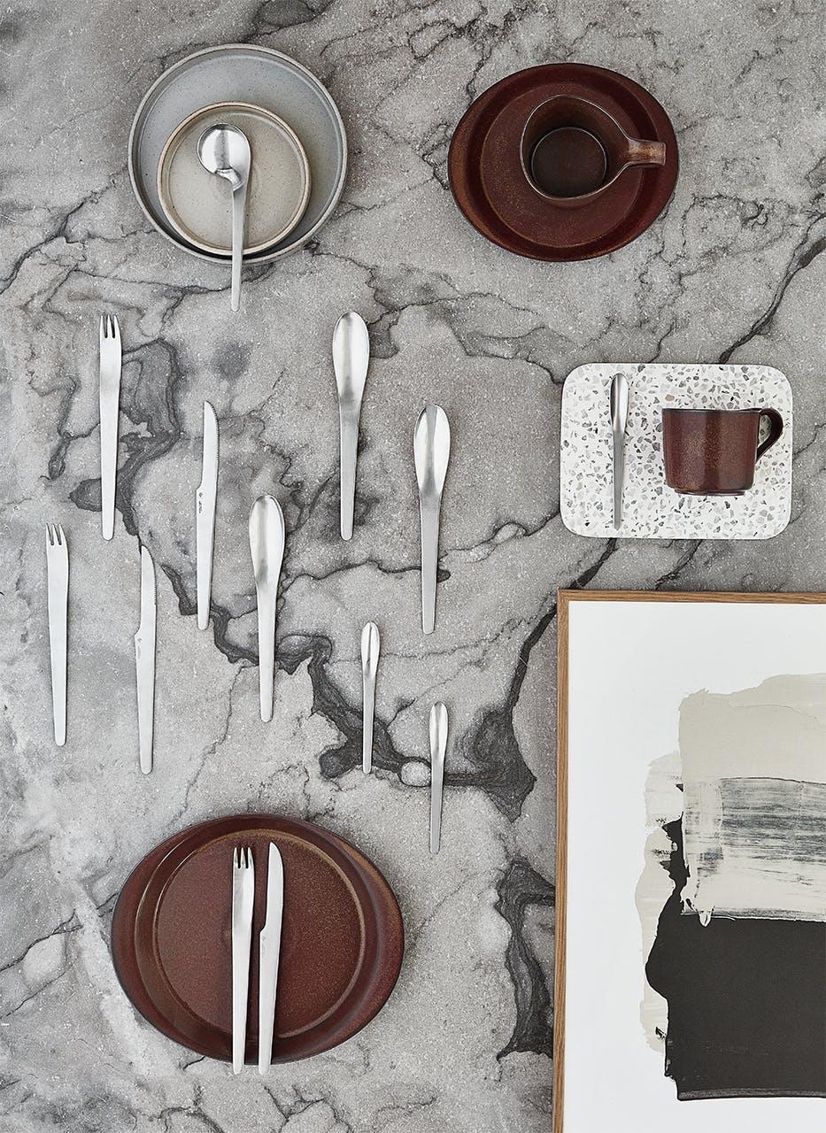 arne jacobsen indretning design bestik gaffel bord