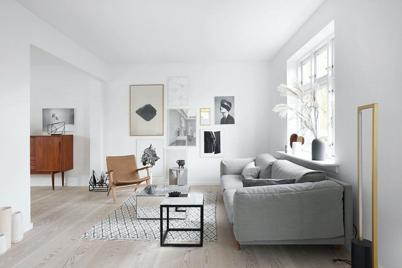 stue sofa sofabord indretning kristina dam billedvæg