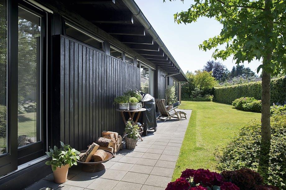 parcelhus renovering tips ombygning facade sort