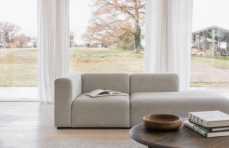 stue hay sofa grå sofabord hoof samuel wilkinson udsigt