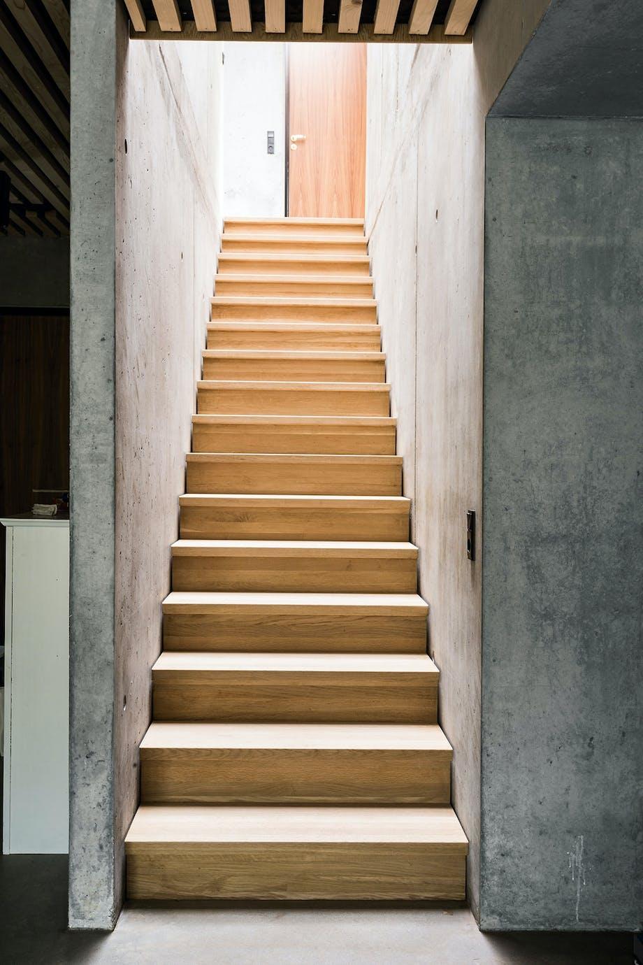 trappe træ beton