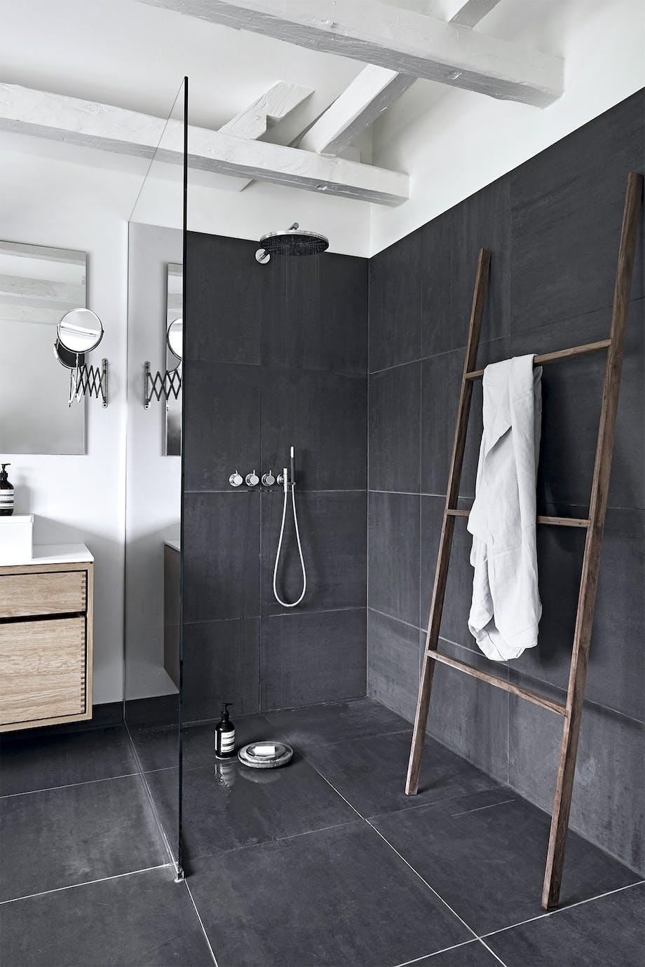 villa hellerup indretning badeværelse bruser