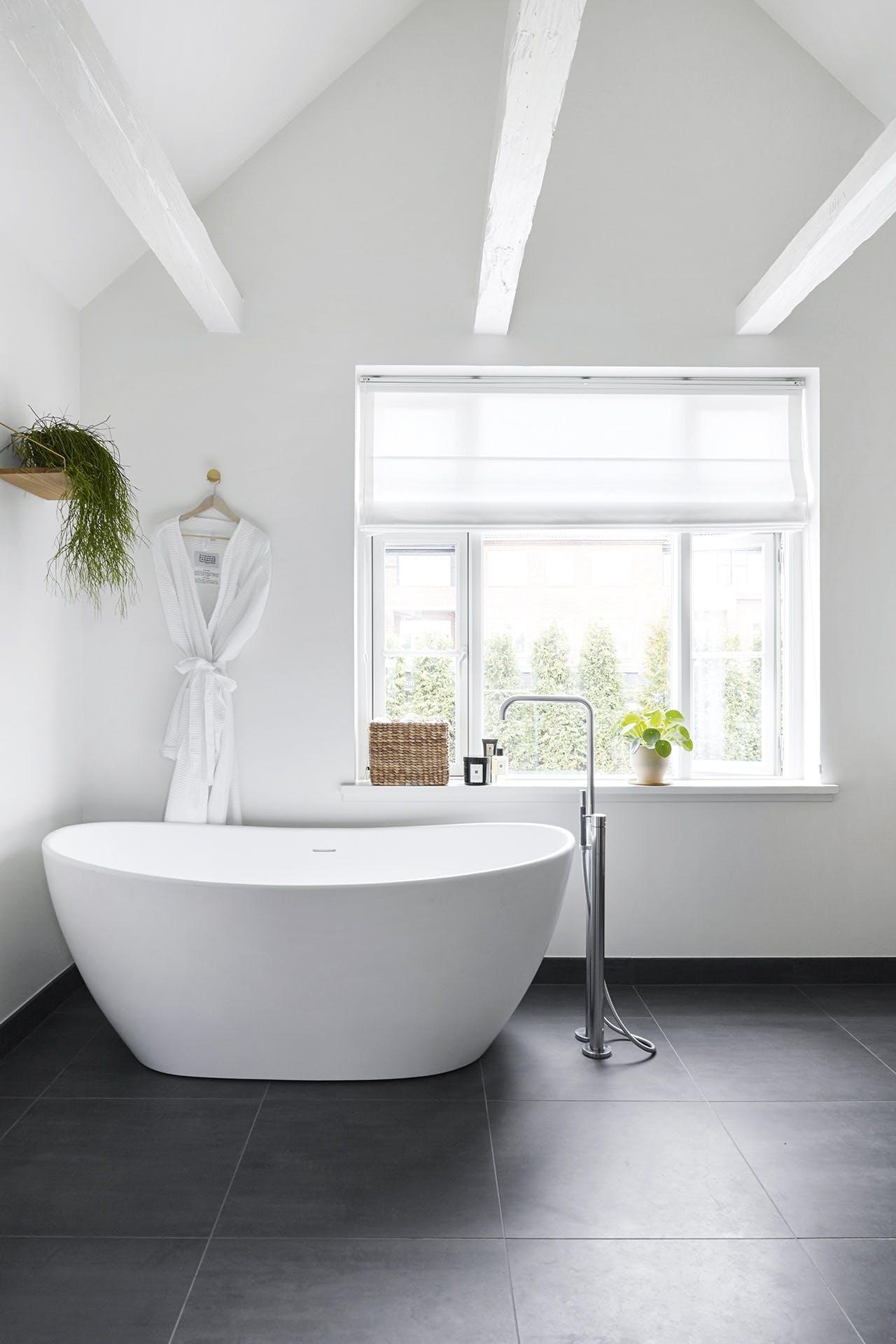 villa hellerup indretning badeværelse badekar