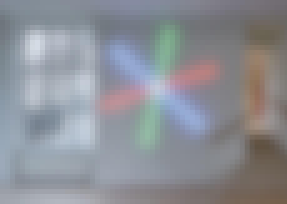 lyskunst på galleri DGV i svendborg farver