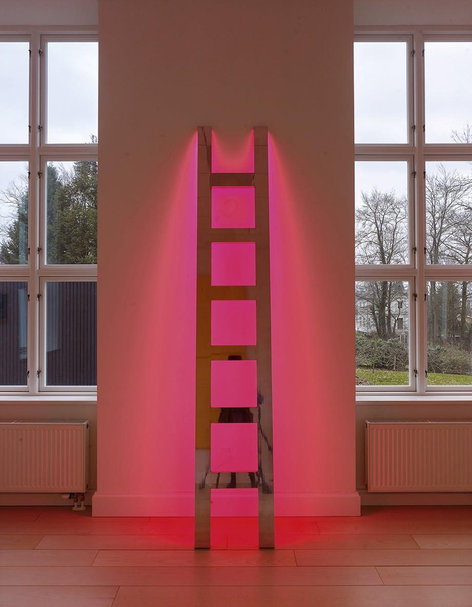 lyskunst på galleri DGV i svendborg stige