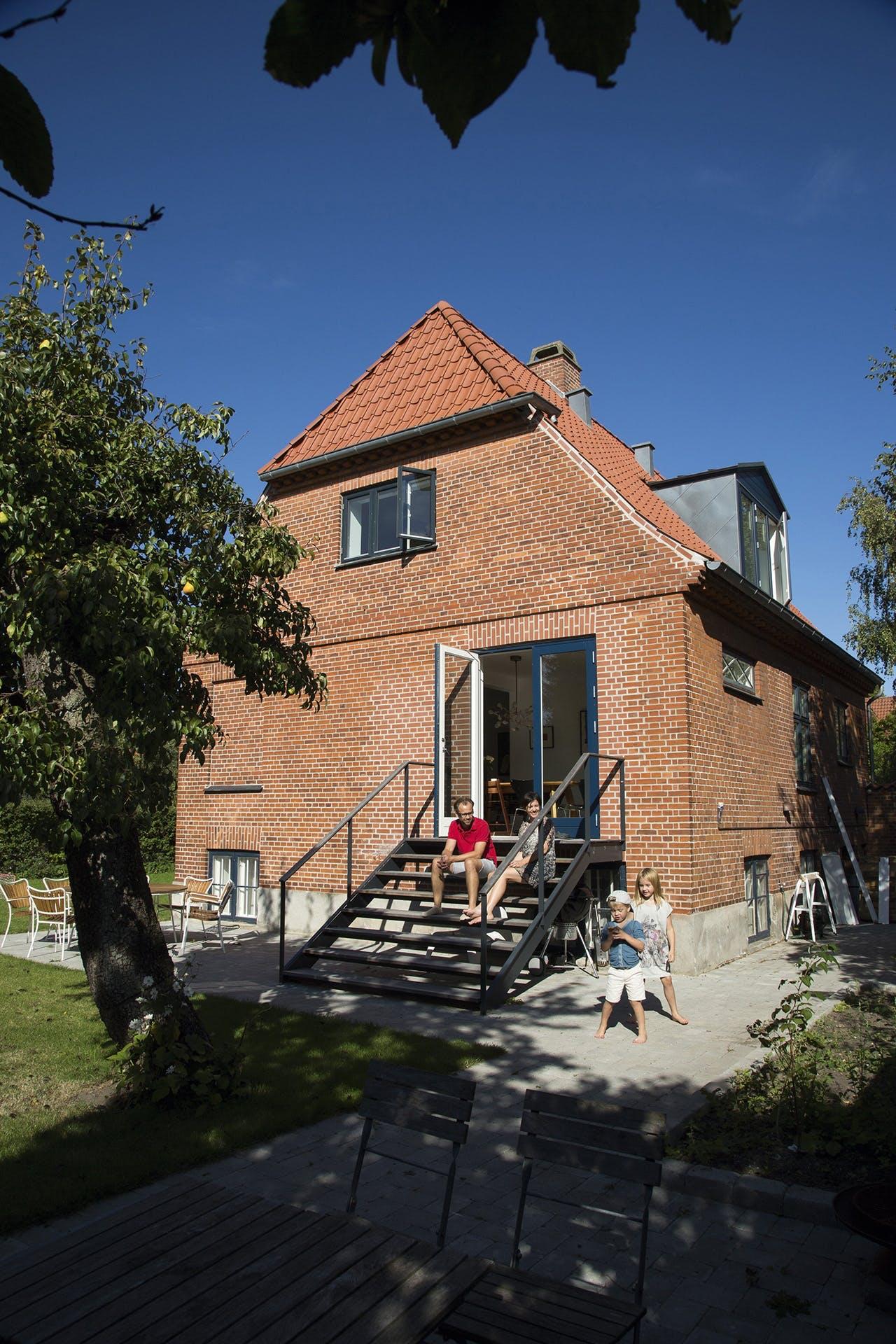 murermestervilla og ombygning af villa om sommeren