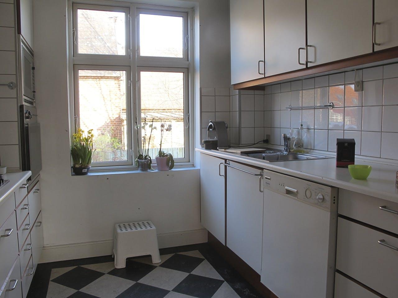 Køkken slidt ombygning før