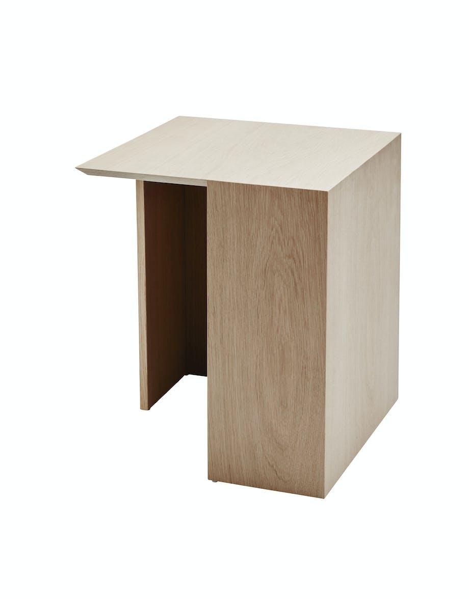 sengebord building table designet af bicolter fra skagerak