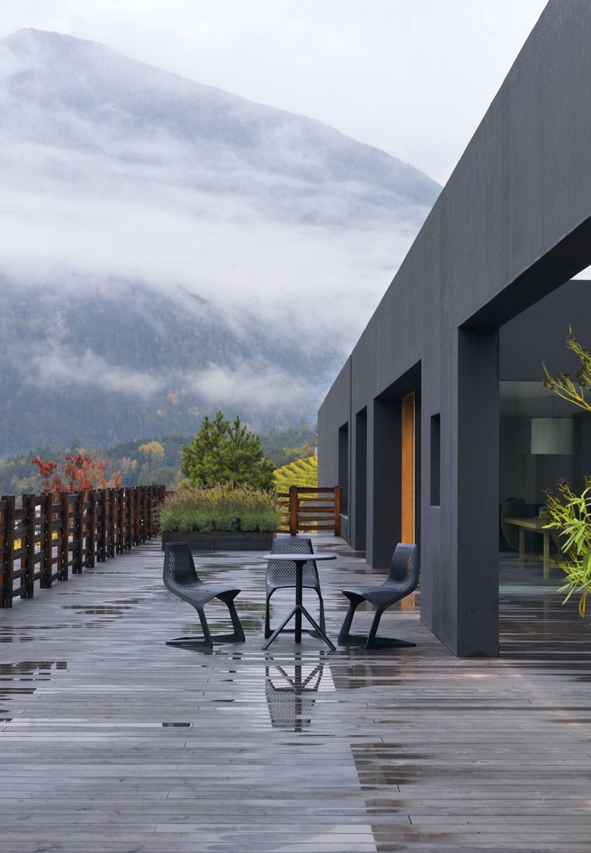 Terrassemøbler fra Konstatin Grcic for Plank