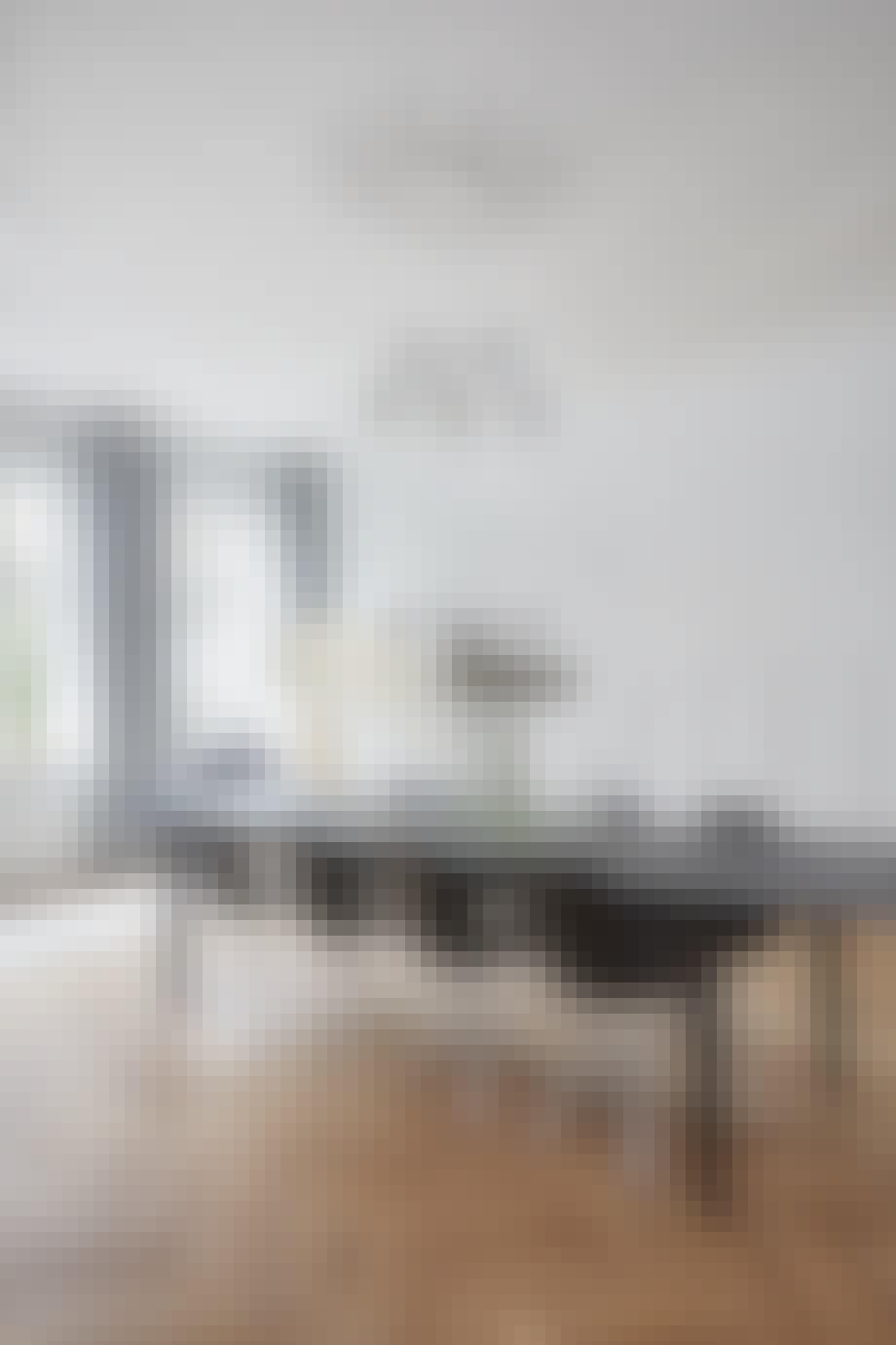 villa herskabsvilla indretning bolig spisestue spisebord stole