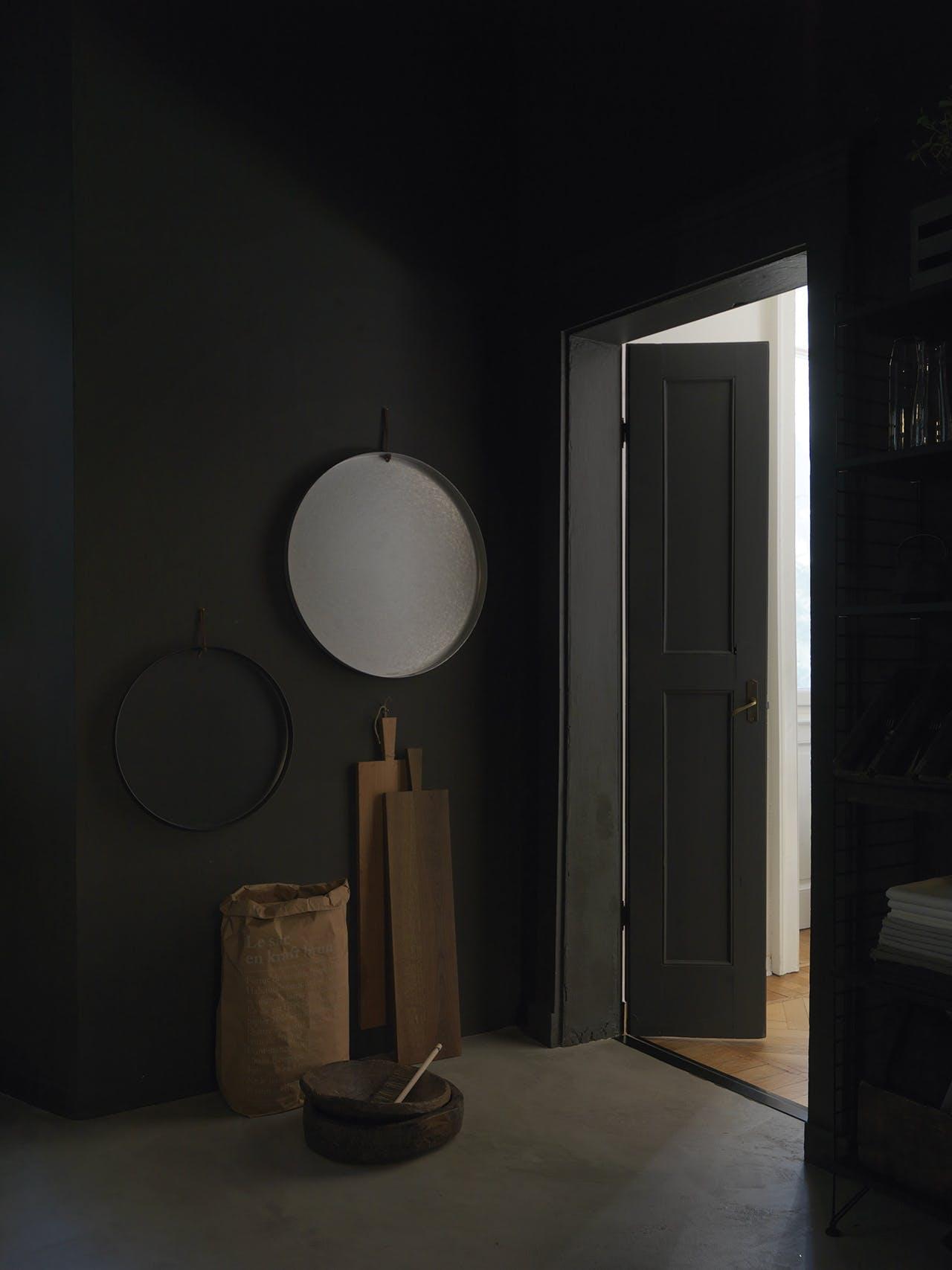 bolig indretning dansk design sort entre spejl